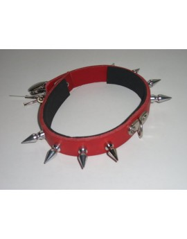 LOCKABLE SPIKED COLLAR